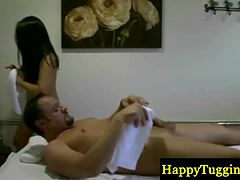 Real asian masseuse gives pleasure