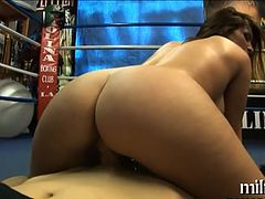 Sexy anal worshipping
